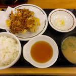天丼 あきば - ベストリオかき揚げ定食(¥690)。あさり汁もなかなか味わい深い