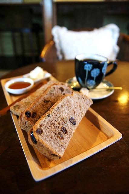 喫茶ラムピリカ - パンとコーヒー