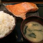 食事処 桜の木 - 銀シャケ定食 ¥950 +大盛¥50