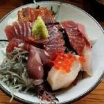 37976602 - 海鮮丼(ランチ)