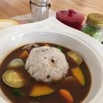 cafeくるり - 料理写真:野菜たっぷりカレー