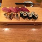 37987238 - お寿司〜3