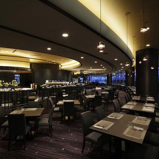シェフこだわりの料理とワインを愉しむシックな美食空間