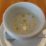 37994381 - ごぼうのスープ、ごぼうの風味が美味しいです。