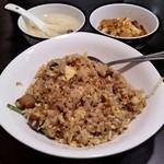 37996047 - 肉入りチャーハン&ミニ麻婆豆腐