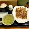 リンガーハット - 料理写真:...限定「ぎょうざ定食(590円)」、大盛りでも御飯が少ない。。