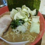 38003937 - 150420神奈川 圭一屋 ヤバイラーメン濃厚豚骨醤油(中)850円