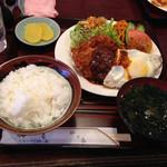 四季 - 本日の定食(カキフライ、ハムカツ、野菜揚げ)780円