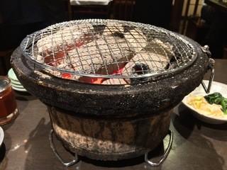 焼肉酒房燔家 - 七輪で焼き焼きします!(2015.05)
