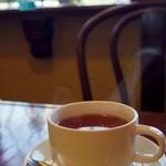 38007898 - 紅茶を飲みながらしだれ桜を