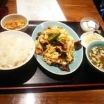 38014132 - 回鍋肉定食