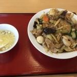 台湾料理 天福 - 料理写真:中華丼