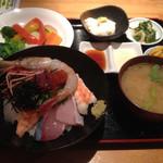 海鮮居酒屋 海流 - 海鮮丼