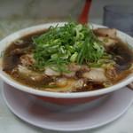 新福菜館 - 新福菜館 三条店の中華そば並、肉多め850円(15.05)