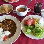 リューバンカフェ - サラダ&カレーブッフェ