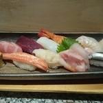 つかさ鮨 - おきまり。2000円。おわん付き