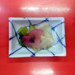 天錦 - 1967年創業日本料理 宴会場 天ぷらの天錦(TEN KIN)ランチお新香。