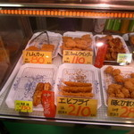 郷家精肉店 - 5/16今回も美味しそうな揚げものがたくさん♪