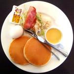 グリーンハウス - グリーンハウス小牧店モーニングHパンケーキ