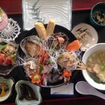 サマーハウス シーサイド - 特上海鮮丼