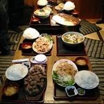 上州屋 - 8人分の食事とは思えない…?!