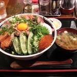 上州屋 - 2011/02 海鮮丼¥1,200+特々盛り¥300