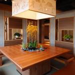 魚菜うえぱら - 12名用大テーブル