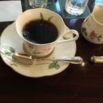 38041991 - 食後の飲み物はコーヒーか紅茶から選べました。