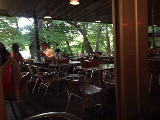 ペパカフェ・フォレスト - の〜んびり。緑に囲まれて。