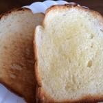 パンジャ - トースト(バターたっぷり)