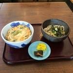 藪庵 - 親子丼定食850円(冷たいうどん)