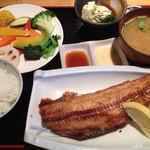 海鮮居酒屋 海流 - 焼き魚定食