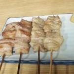 38052686 - 串焼き(豚バラ、鶏皮)