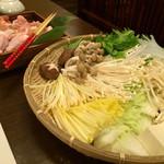 湯郷温泉 かつらぎ - 夕食(お鍋の具材)