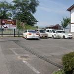 38059713 - 裏駐車場