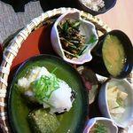 38059907 - 3種の揚げ出し豆腐の定食