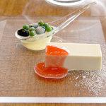 梢 - 豆腐の塩チーズケーキ