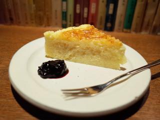 草枕 - 自家製チーズケーキ(400円)
