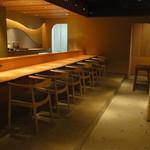 御料理 堀川 - お店入口からカシャ♪・・・うん素晴らしい空間♪