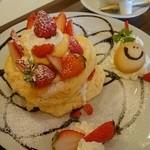 ひよこカフェ - パンケーキ