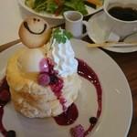 ひよこカフェ - ブルーベリーパンケーキ
