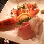 ホ・オポノポノ - 旬鮮刺身の盛り合わせとカルパッチョのプレート
