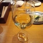 948 - グラスワイン・白
