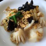 プティ・カザリス - イカと青菜の炒め物