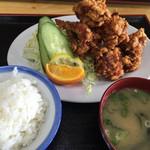 鳥正 - 唐揚げ定食¥850(半盛り¥50引)