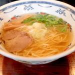 麺屋 大輔 - しお ふつう (700円) '15 4月上旬