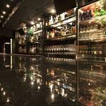 Freestyle bar F - カウンター1