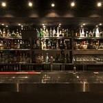 Freestyle bar F - 豊富な酒類