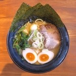 にのみや - 豚骨味玉ラーメン(醤油)