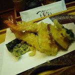 麺匠の心つくし つるとんたん - ☆天ぷらうどんの天ぷら盛り合わせ(*^。^*)☆